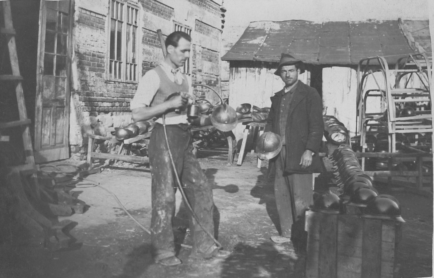 Arhiva foto - Vopsitoria Toderas